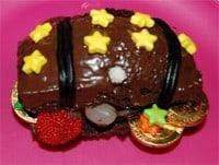 עוגות יום הולדת | עוגת תיבת מטמון אישית