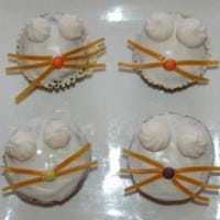 עוגות קטנות בצורת חתול