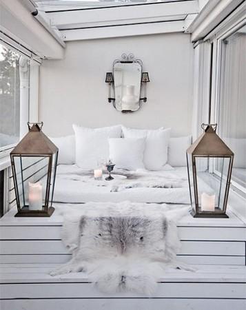 מיטת זולה למרפסת